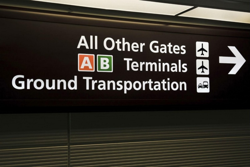 how to get to nyc from laguardia