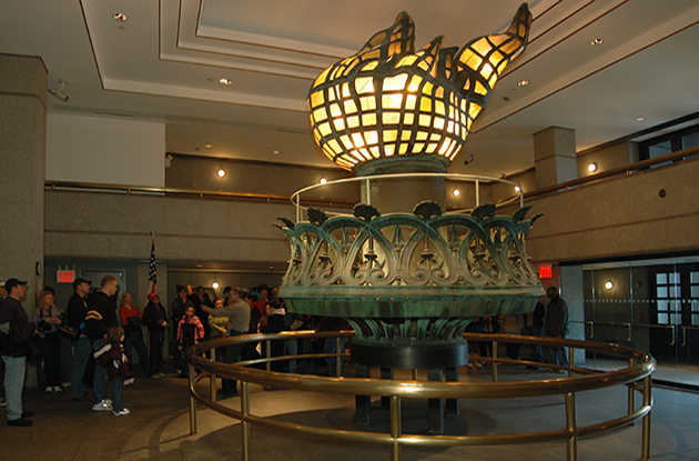 statue of liberty original torch