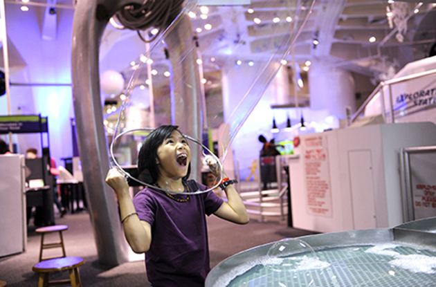 girl in bubble at nysci