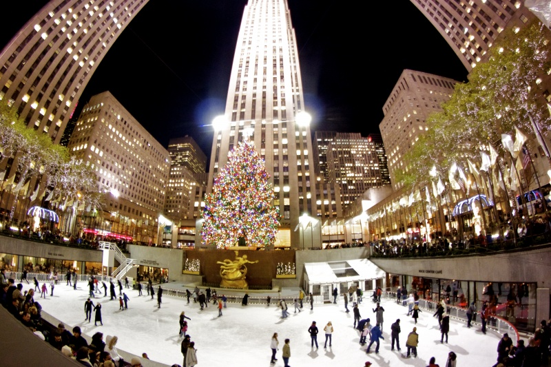 Rockefeller rink skating night for Things to do in nyc evening