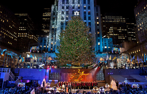 Rockefeller center christmas tree for Top things to do in new york in december