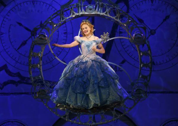 carrie st louis glinda wicked