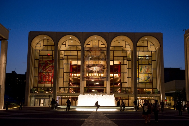 metropolitan opera house lincoln center