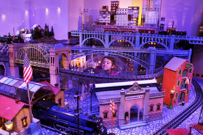 holiday express train show new-york historical