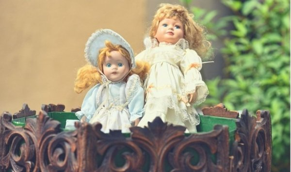 vintage dolls blue eyes