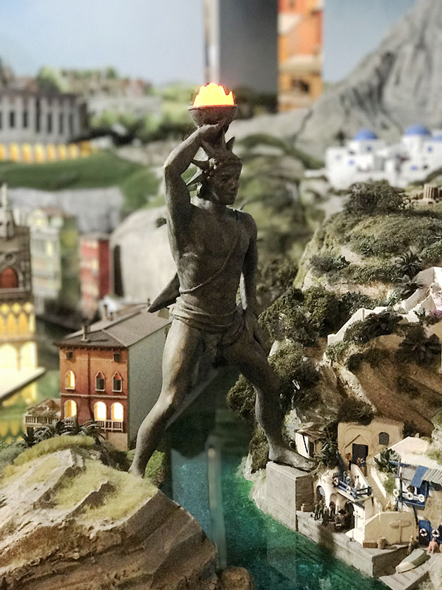 gulliver's gates colossus of rhodes