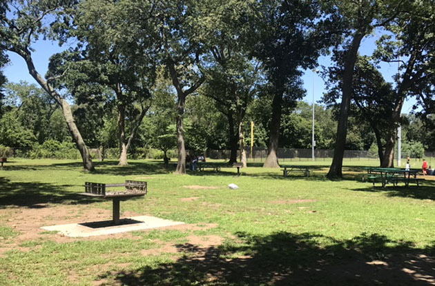picnic and barbecue area at cantiague park in hicksville