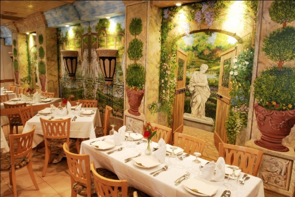 Legends Of Little Italy Must Try Italian Restaurants In Nyc