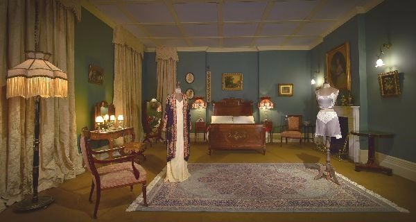 lady mary's room downton abbey