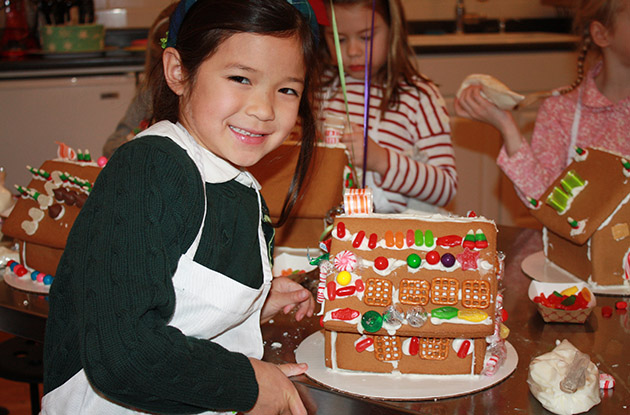 child gingerbread house