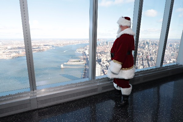 santa one world trade