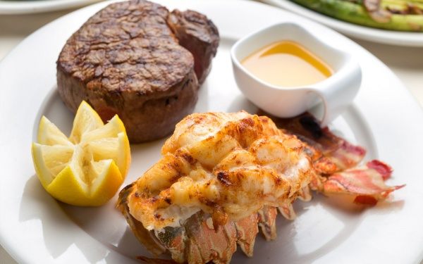 surf n turf angus steakhouse