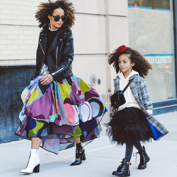 fashionable mother-daughter duo