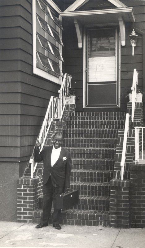 louis armstrong in queens