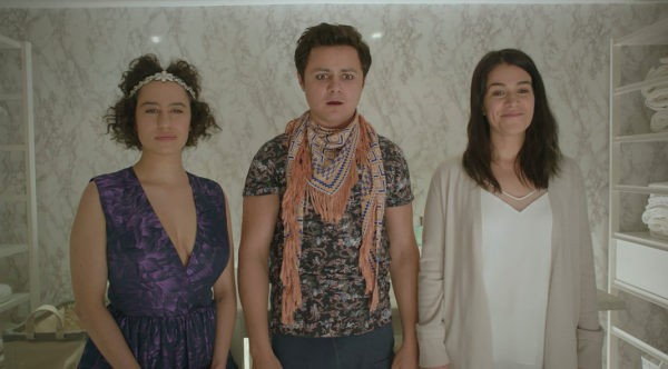 "Ilana Glazer (L), Arturo Castro, Abbi Jacobson (R) ""House-Sitting"" November 15, 2017 Photo Credit: Comedy Central."
