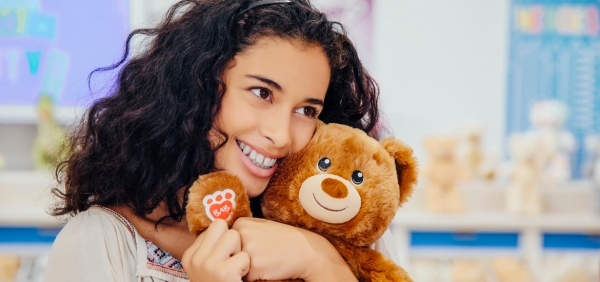 build a bear flagship hug