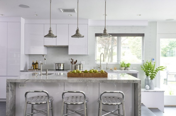metal accents in kitchens
