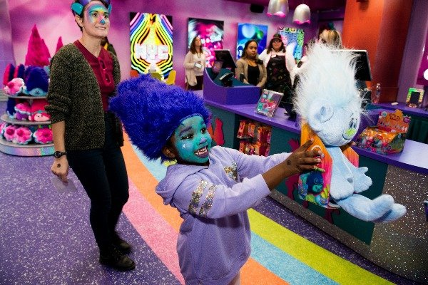 dreamworks trolls the experience cupcakes rainbows wig makeup cafe