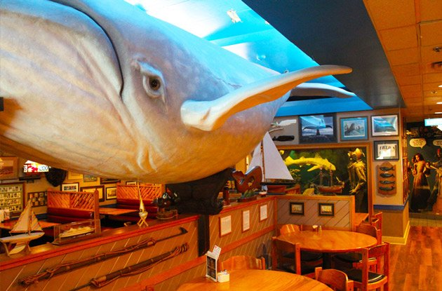 Cooper's Seafood House whale room