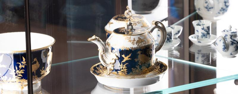 TEA SETS BRITISH GALLERIES