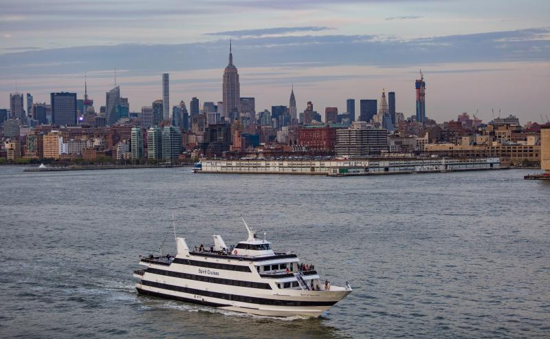 spirit cruises nyc skyline