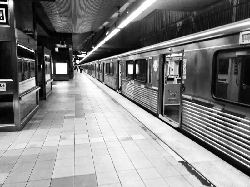 empty la subways coronavirus