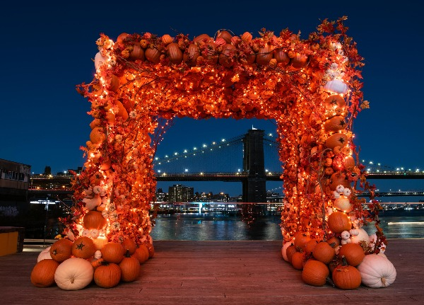 pumpkin arch seaport