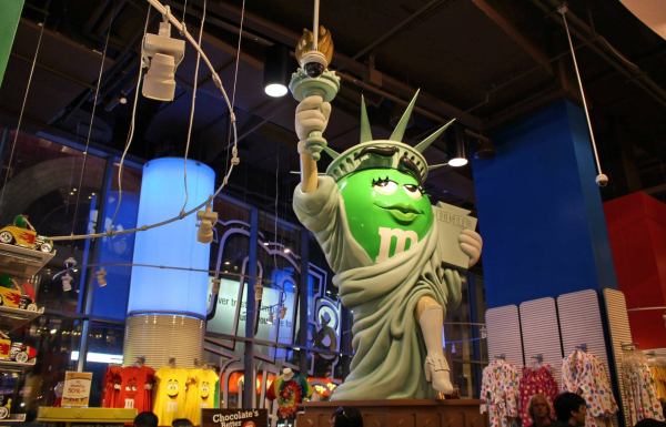 statue of m&m liberty world store times square