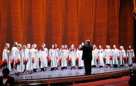 Tappan Zee High School's Madrigal Singers perform at Radio City Music Hall
