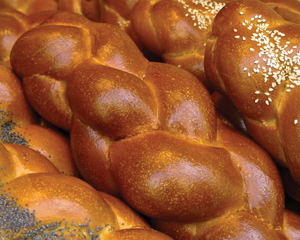 Challah bread; Shabbat food