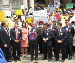 City Hall rally to save Queens Library from budget cuts