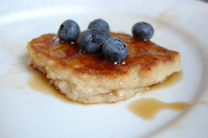Brooklyn Allergy Mom Applesauce allergy free pancakes