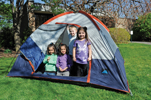 kids camping at the Queens Zoo