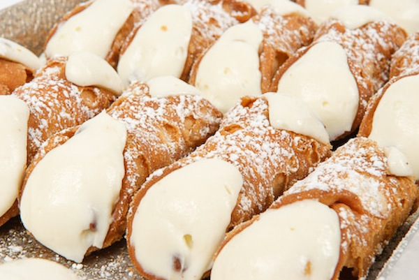 carlo's bakery times square cannolis
