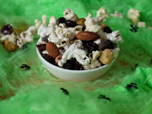 popcorn trail mix for Halloween