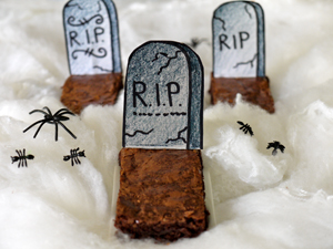 Gravestone brownies for Halloween