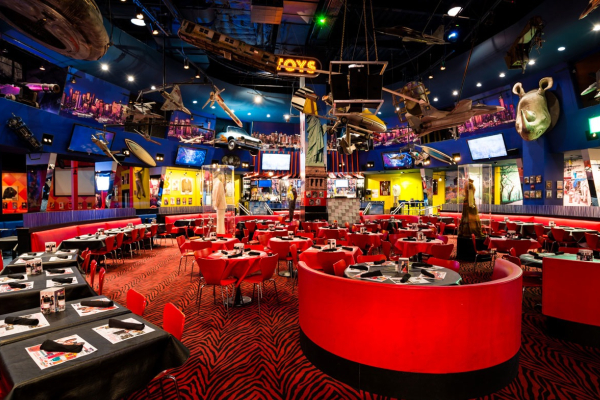 new year's eve planet hollywood
