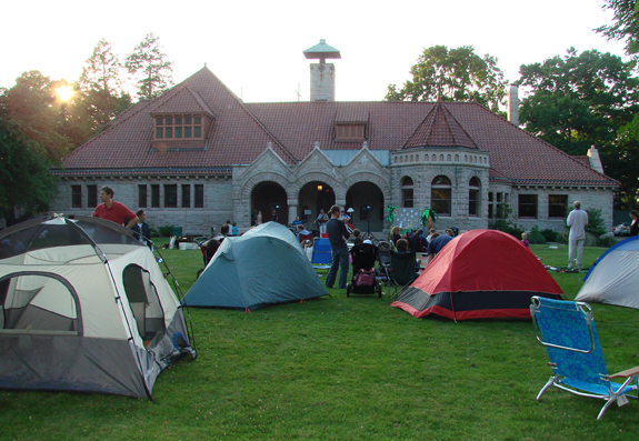 pequot library family campout in southport ct