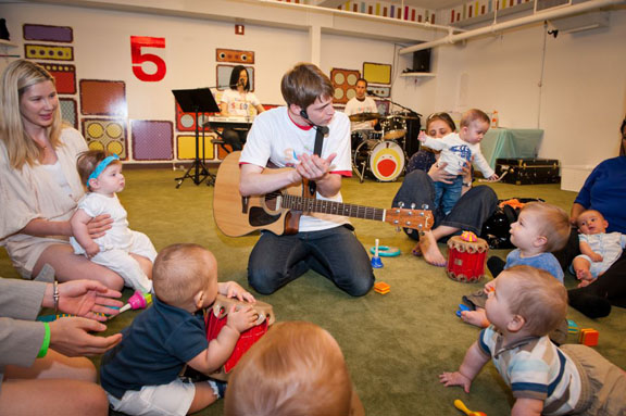 <a href='https://www.nymetroparents.com/listing/apple-seeds'><a href='https://www.nymetroparents.com/listing/apple-seeds'>apple seeds</a></a>' Songs for Seeds music class; Fred Marcus Photography