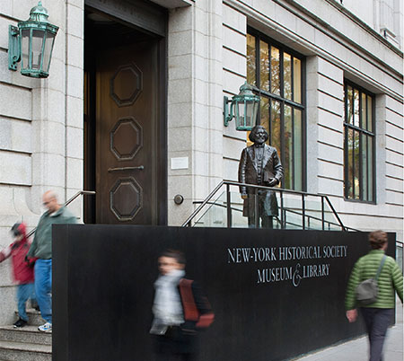 New-York Historical Society entrance