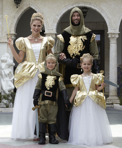 royal family costume