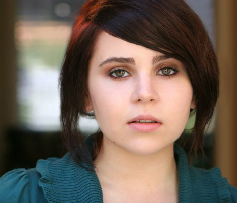 Mae Whitman headshot