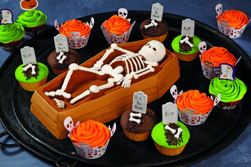 Dig into this Graveyard Cake
