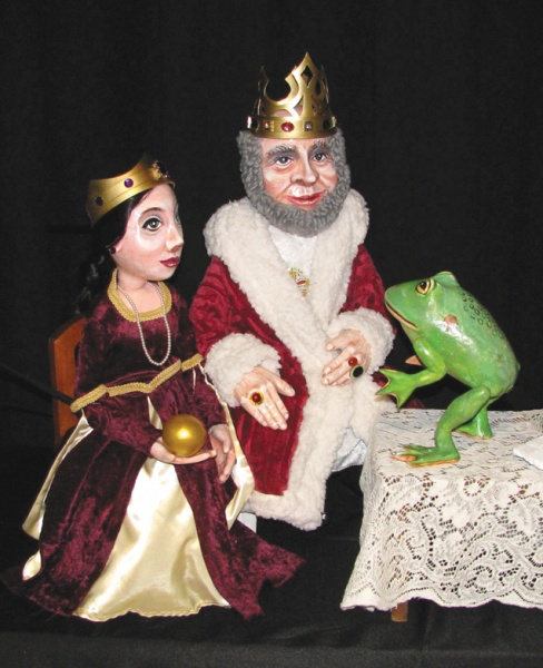 the frog prince puppets