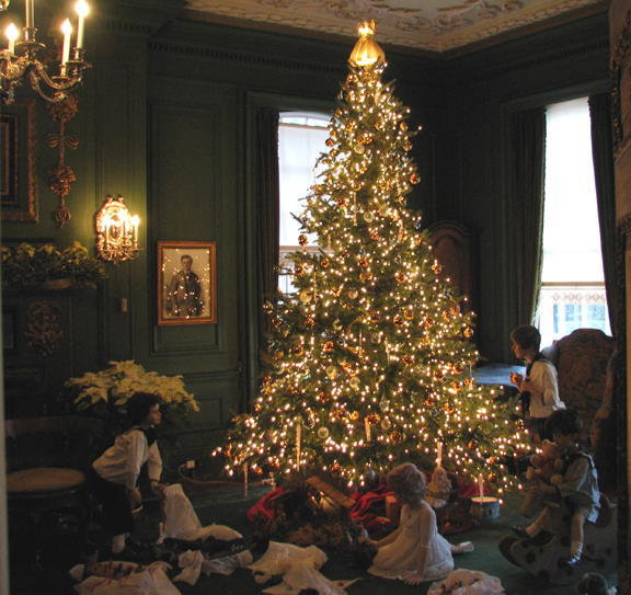Old Westbury Gardens Christmas tree