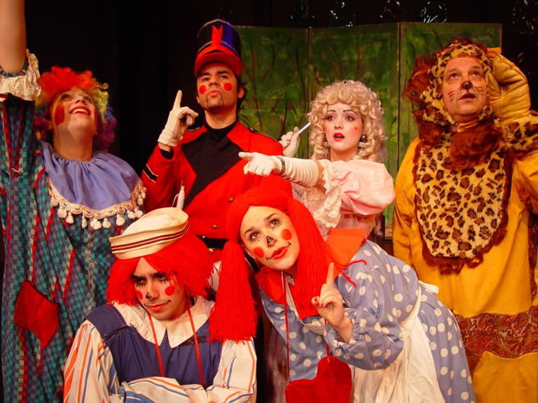 Raggedy Ann and Andy musical