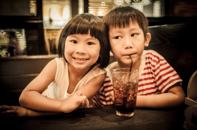 children in restaurant