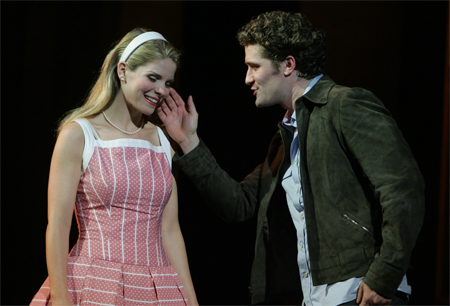 Kelli O'Hara and Matthew Morrison in The Light in the Piazza