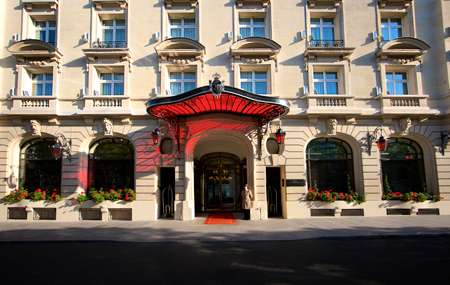 The grand entrance to the Royal Monceau-Raffles Paris