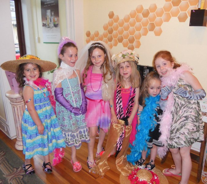 girls dress up for tea party